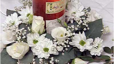 Blütenkranz Als Flaschenhalter