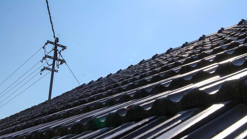 Stromleitungen Auf Dem Dach
