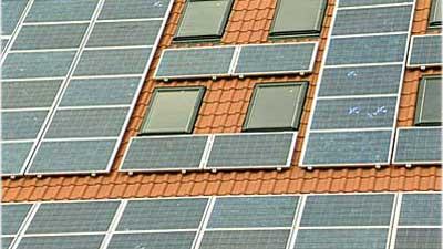 Photopholtaikzellen auf dem Dach